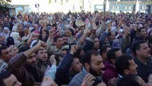 صورة ثوار الشرقية يعلقون اعتصامهم ويتوجهون للتحرير