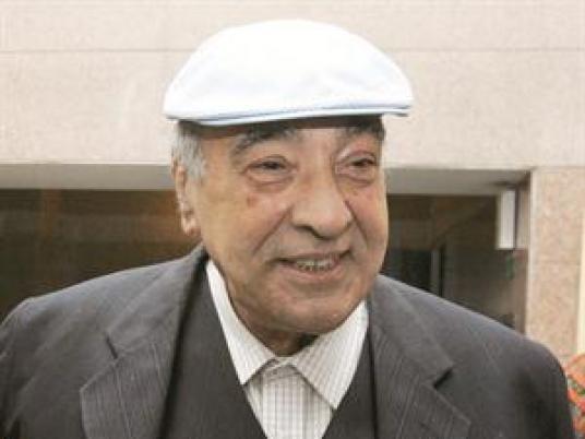 صورة وفاة الفنان يوسف داوود عن 74 عامًا