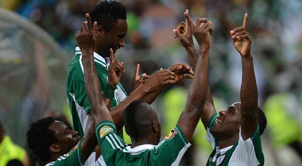 فرحة نيجيريا بالتقدم على مالي