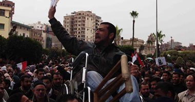 اعتصام ذوى الاحتياجات الخاصة لليوم الخامس أمام مبنى محافظة الشرقية