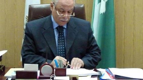 محافظ الشرقية يشكل لجنة لإنهاء مشكلة المعلمين المعاقين المعتصمين بديوان عام المحافظة