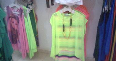 الفسفورى الصارخ يسيطر على أزياء صيف 2013