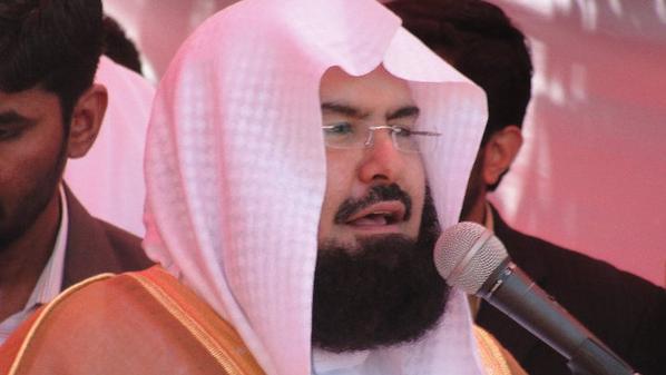 صورة هل توفي إمام الحرم المكي الشيخ عبدالرحمن السديس ؟ إليك الحقيقة