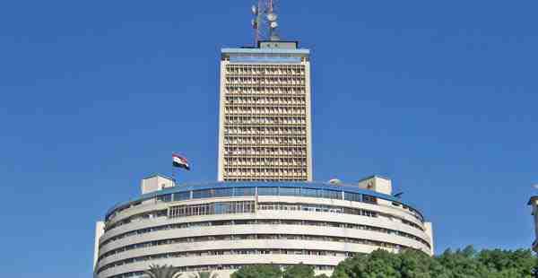 صورة خطأ يهز التلفزيون المصري ويتسبب في إقالة فريق عمل