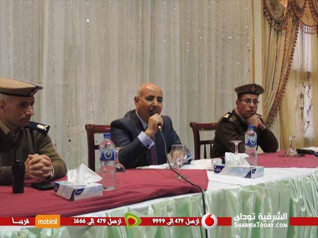 صورة «مليجى فتوح» يعقد إجتماعاً مع الموظفين المدنيين بمديرية الأمن لرفع روحهم المعنوية