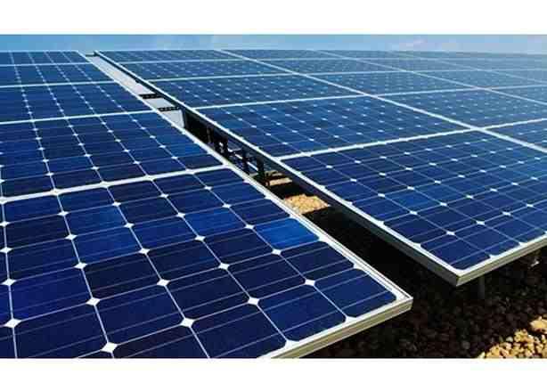 صورة افتتاح أول محطة للطاقة الشمسية بالقرية الذكية