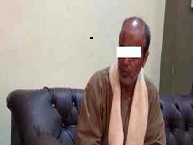 صورة القبض على المتهم بمعاشرة ابنته والإنجاب منها مرتين وإجهاضها فى منيا القمح