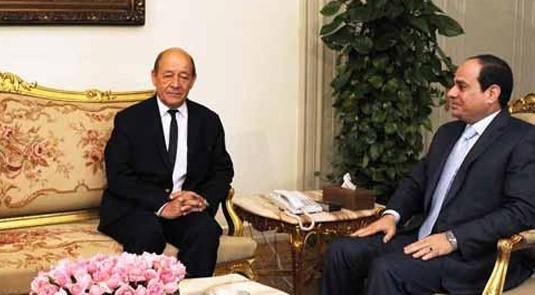 """صورة وزير الدفاع الفرنسى لـ""""السيسى"""": مصر من أهم شركائنا فى منطقة الشرق الأوسط"""