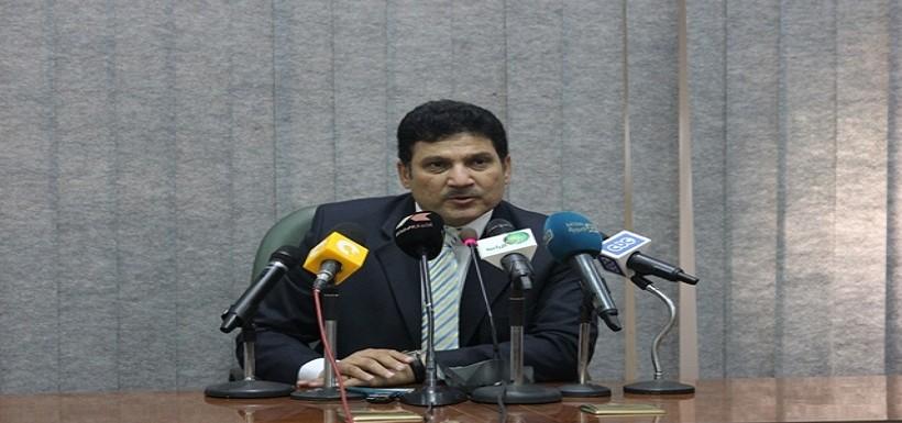 صورة الخارجية: مغادرة وزير الرى اجتماعات مدينة الخرطوم لإرتباطات رئاسية