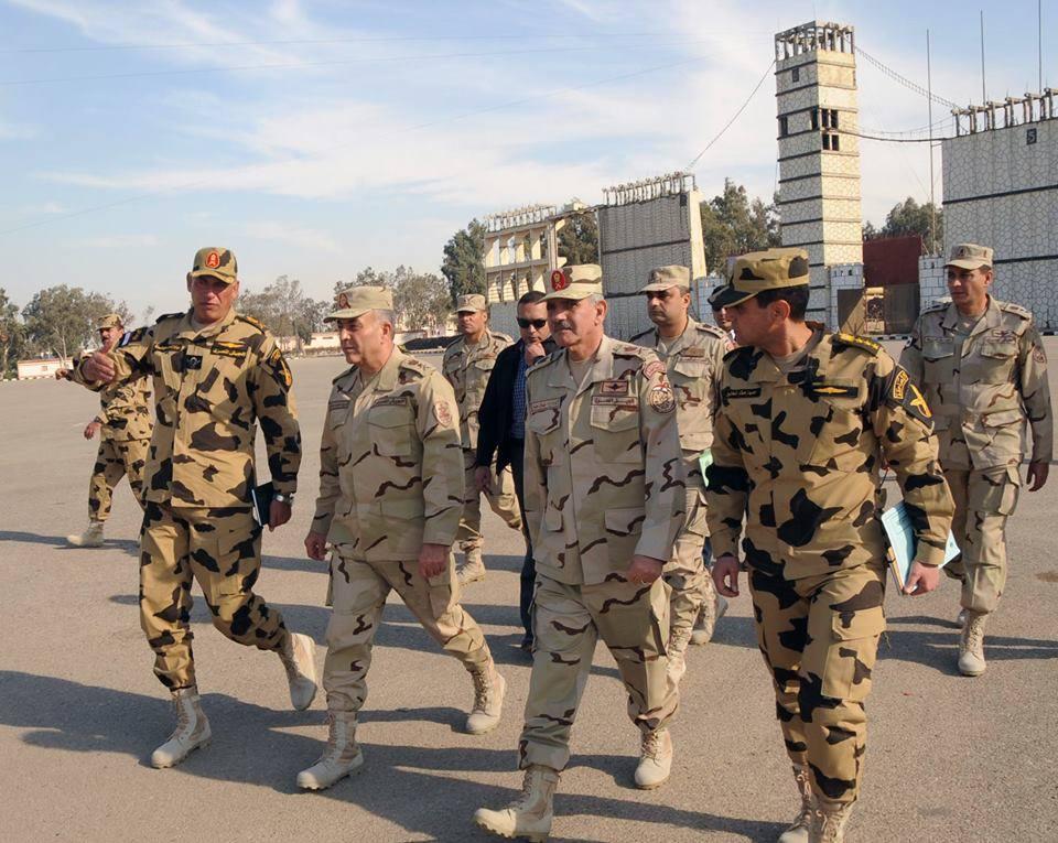 محمود حجازى يتفقد الإعداد والتدريب القتالي لعناصر القوات الخاصة 1