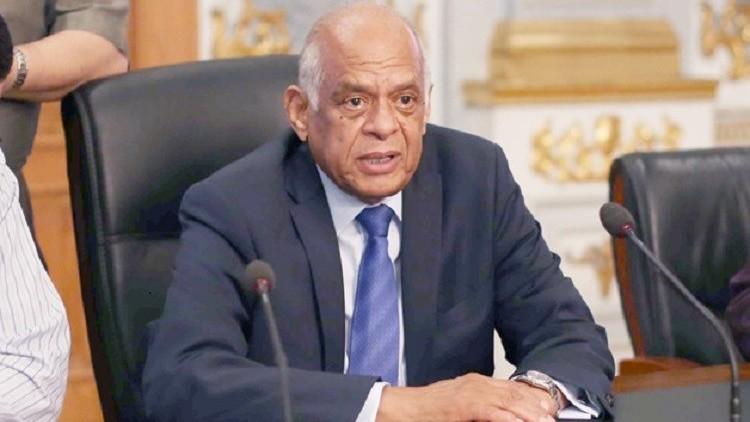 صورة رئيس البرلمان يعتذر للصحفيين ويناشد النقابة بوقف مقاطعة تغطية المجلس