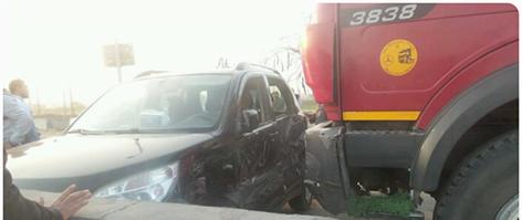 صورة تصادم سيارتين أمام كوبري «السعدية» بأبوحماد