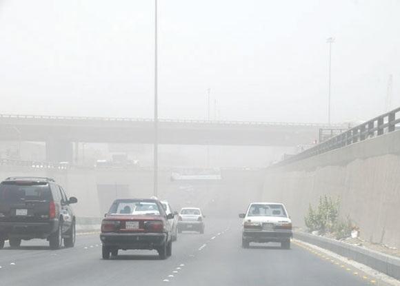 صورة انخفاض درجات الحرارة وعواصف ترابية اليوم..السبت