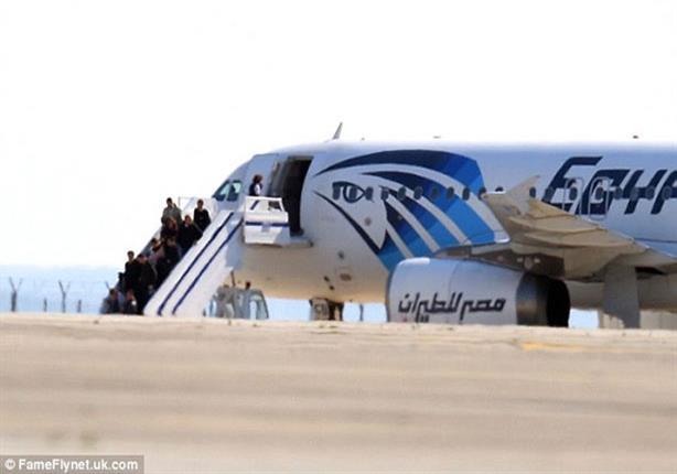 صورة معلومات عن الطائرة المصرية المختطفة
