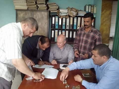 صورة القوى العاملة بالشرقية : صرف مرتبات عمال «مصر ايران» من صندوق اعانات الطوارئ