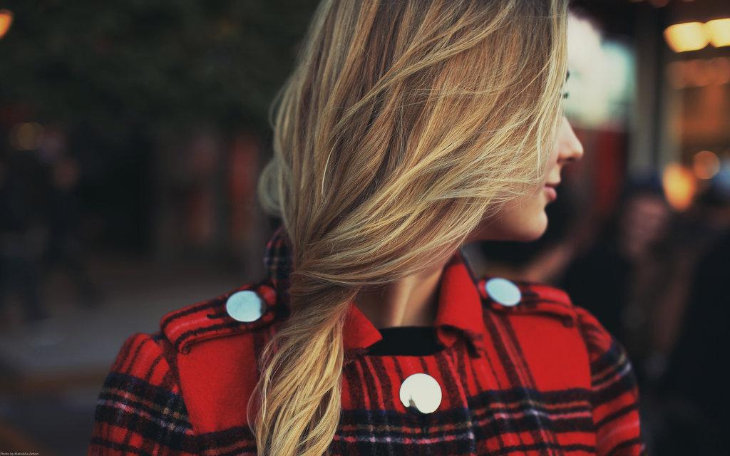 صورة زيادة كثافة الشعر الخفيف من خلال 15 نصيحة من خبراء الشعر