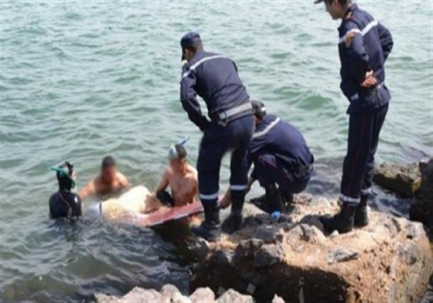 صورة مصرع «شرطي» غرقًا أثناء بحثه عن جثة مواطن بأسيوط