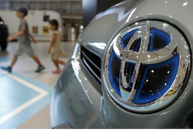 صورة تويوتا تستدعي 482 ألف سيارة بسبب عيوب الوسائد الهوائية