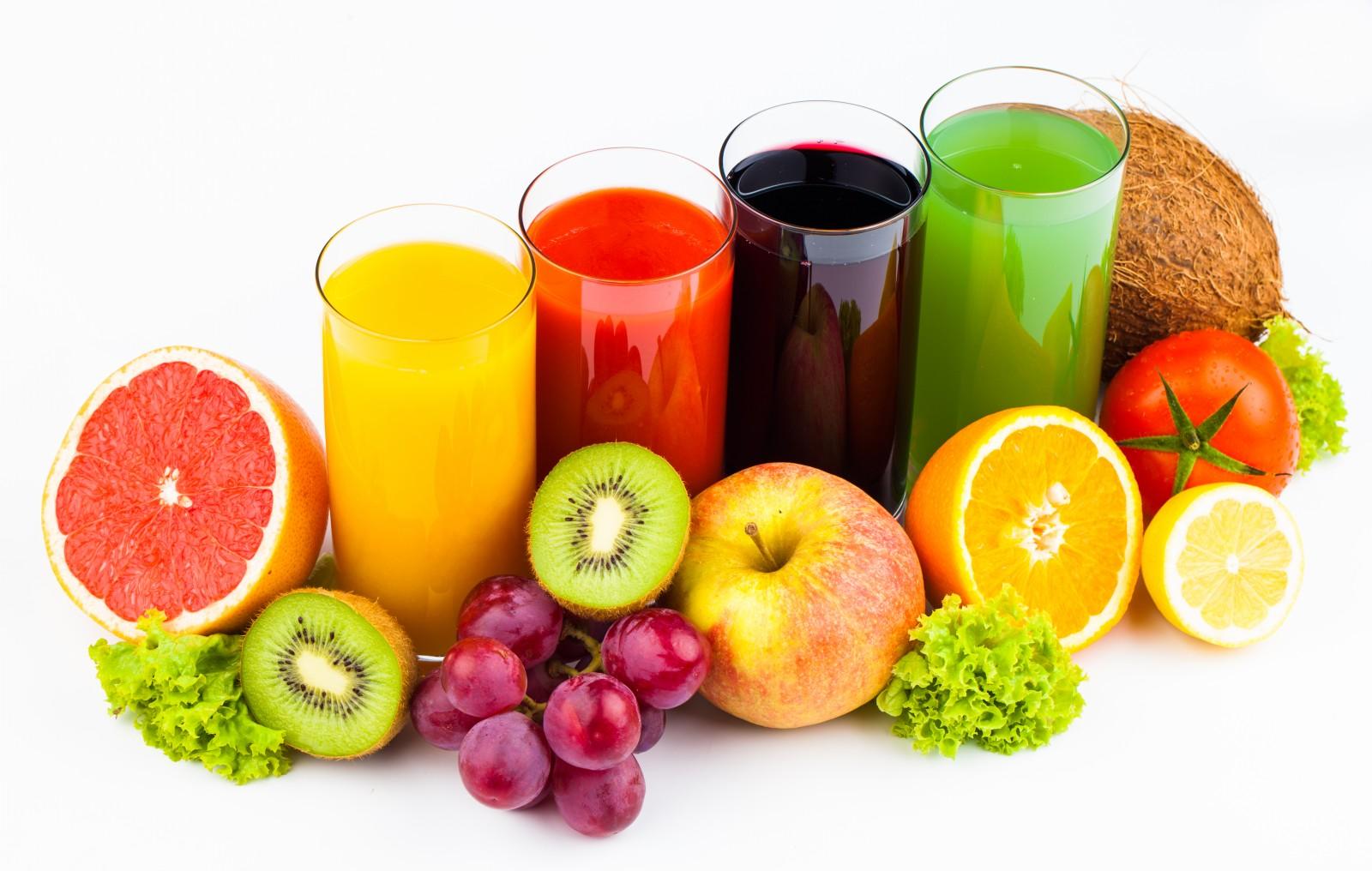 صورة شرب العصائر على الإفطار يدمر صحتك