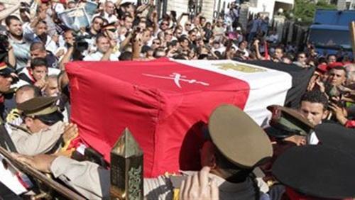 صورة أهالي قرية الإحسانية بههيا يشيعون جنازة شهيد الشيخ زويد