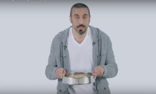 صورة بالفيديو..أحمد الشقيري يُحارب «الإشاعات» في برنامجه «قُمرة»