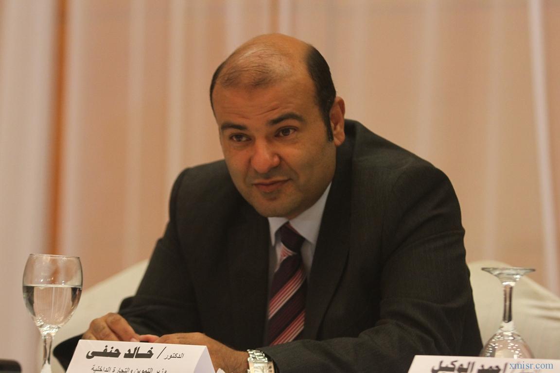 صورة وزير التموين: لا نستورد أزبل قمح فى العالم ولن يضيع حق الدولة