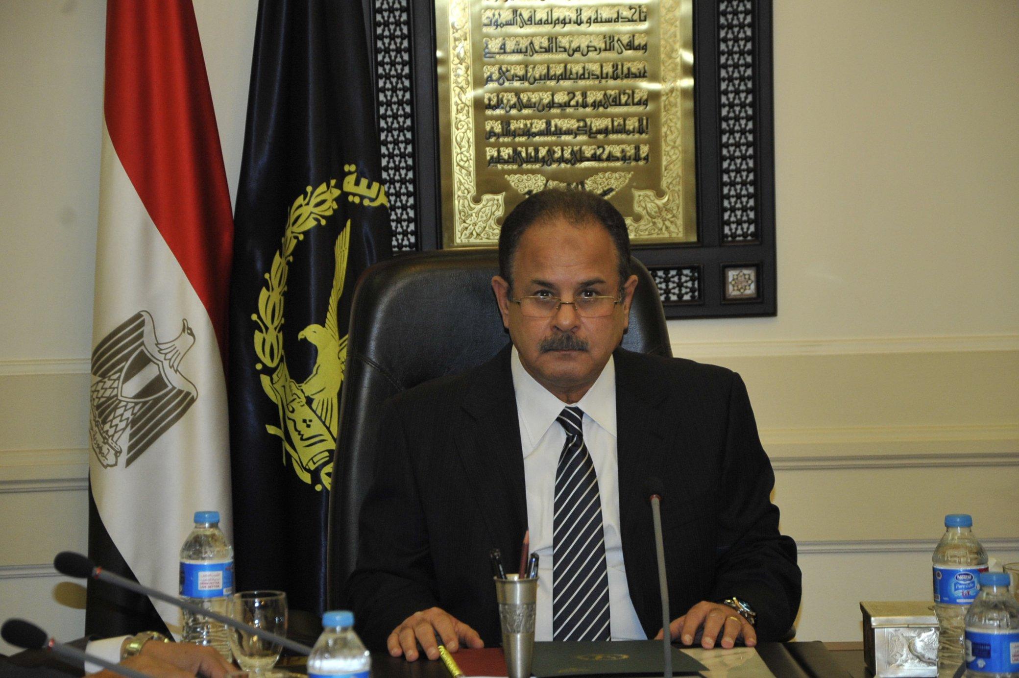 صورة وزير الداخلية يصدر قراراً برفع رسوم استخراج وثائق الأحوال المدنية