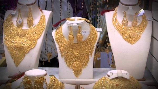 صورة «المصوغات والمجوهرات» تكشف تفاصيل الذهب «عيار 14» الجديد