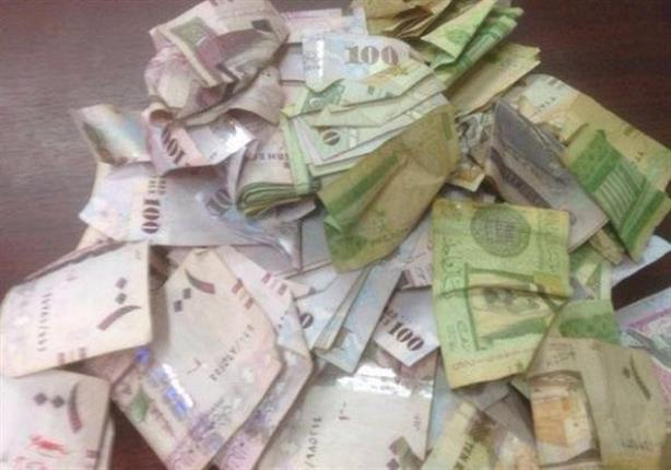 صورة أرادا آداء فريضة الحج فسقطا متهمين بتجارة العملة