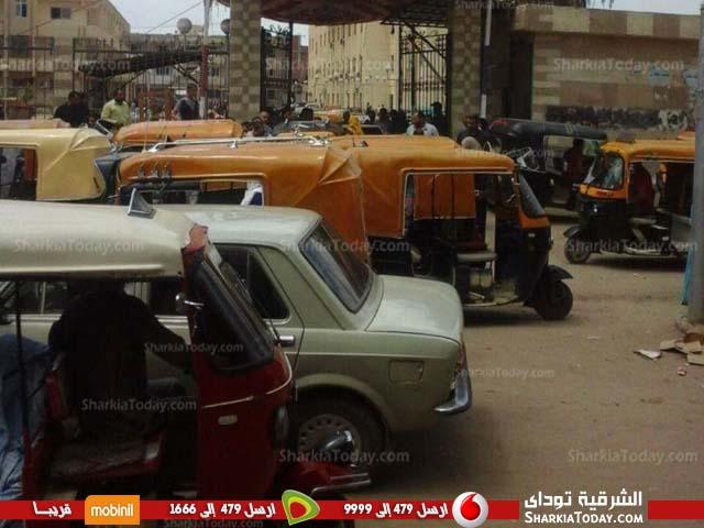صورة «توك توك» مدينة فاقوس رئيس جمهورية نفسه