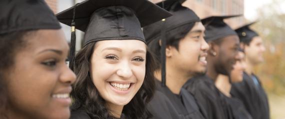 صورة إذا لم تلتحق بالجامعة.. احصل على راتب ضخم بدون شهادة