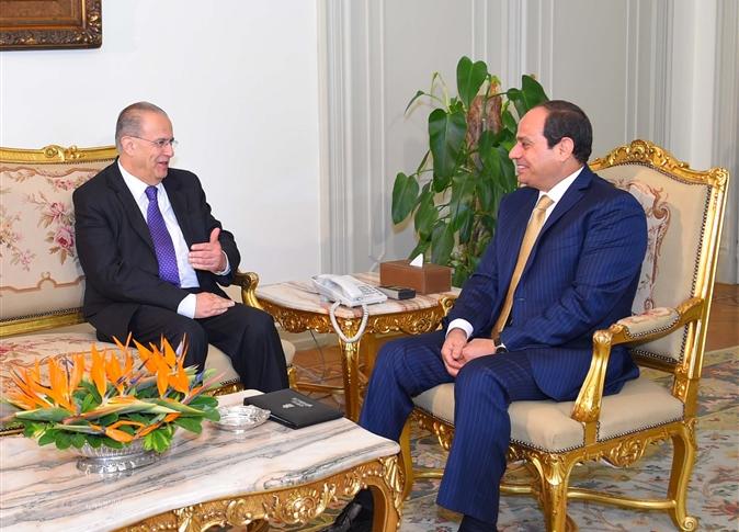 صورة السيسي يبحث مع وزير خارجية قبرص التعاون في الطاقة ومكافحة الإرهاب