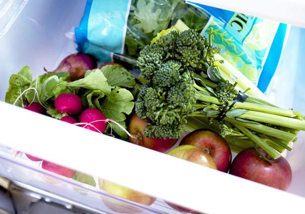 صورة بالفيديو.. 9 حيل بسيطة لتخزين الفواكه والخضروات لتبقى طازجة