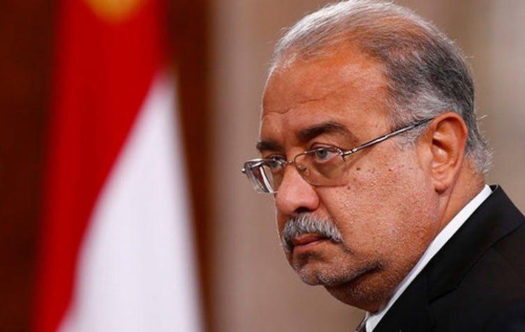 صورة رئيس الوزراء أمام البرلمان: «انظروا لسوريا والعراق».. وعبدالعال: «محدش يتكلم»
