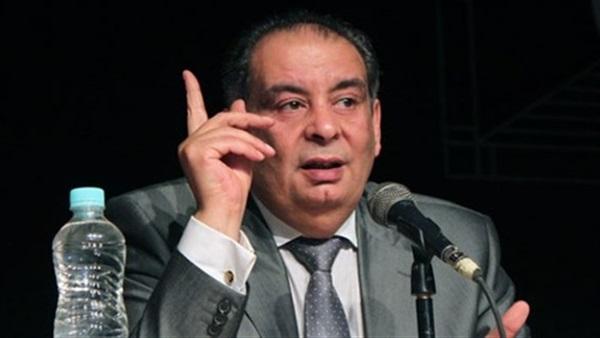 صورة يوسف زيدان: لو حصلت على نوبل هيكفروني