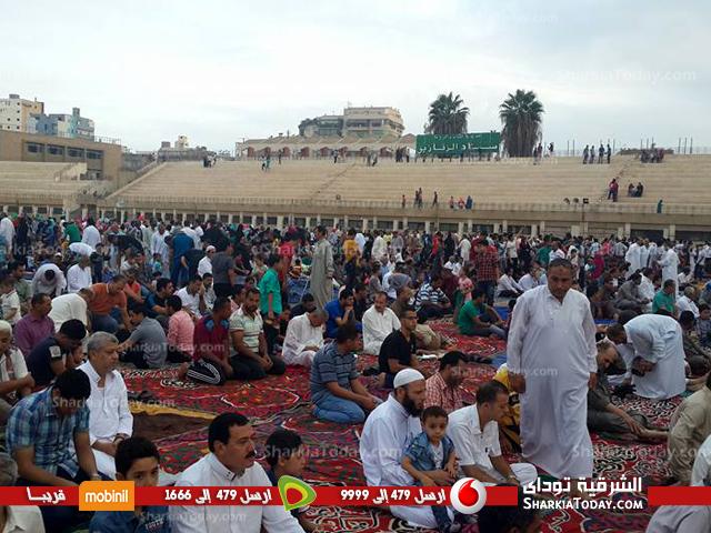 المصلين يؤدون صلاة عيد الأضحىبالزقازيق 4