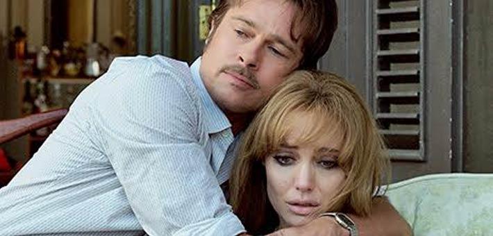 جولي توقع أوراق الطلاق من براد بيت وتطالب بحضانة الأطفال