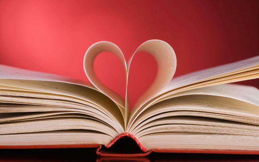 صورة اهرب من الواقع مع 10 روايات رومانسية معاصرة