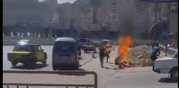 صورة بالفيديو .. والد الشاب الذي أشعل النار فى نفسه : ابني تعرض للظلم