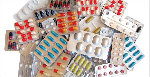 تهريب أدوية للأمراض المستعصية بمطار برج العرب