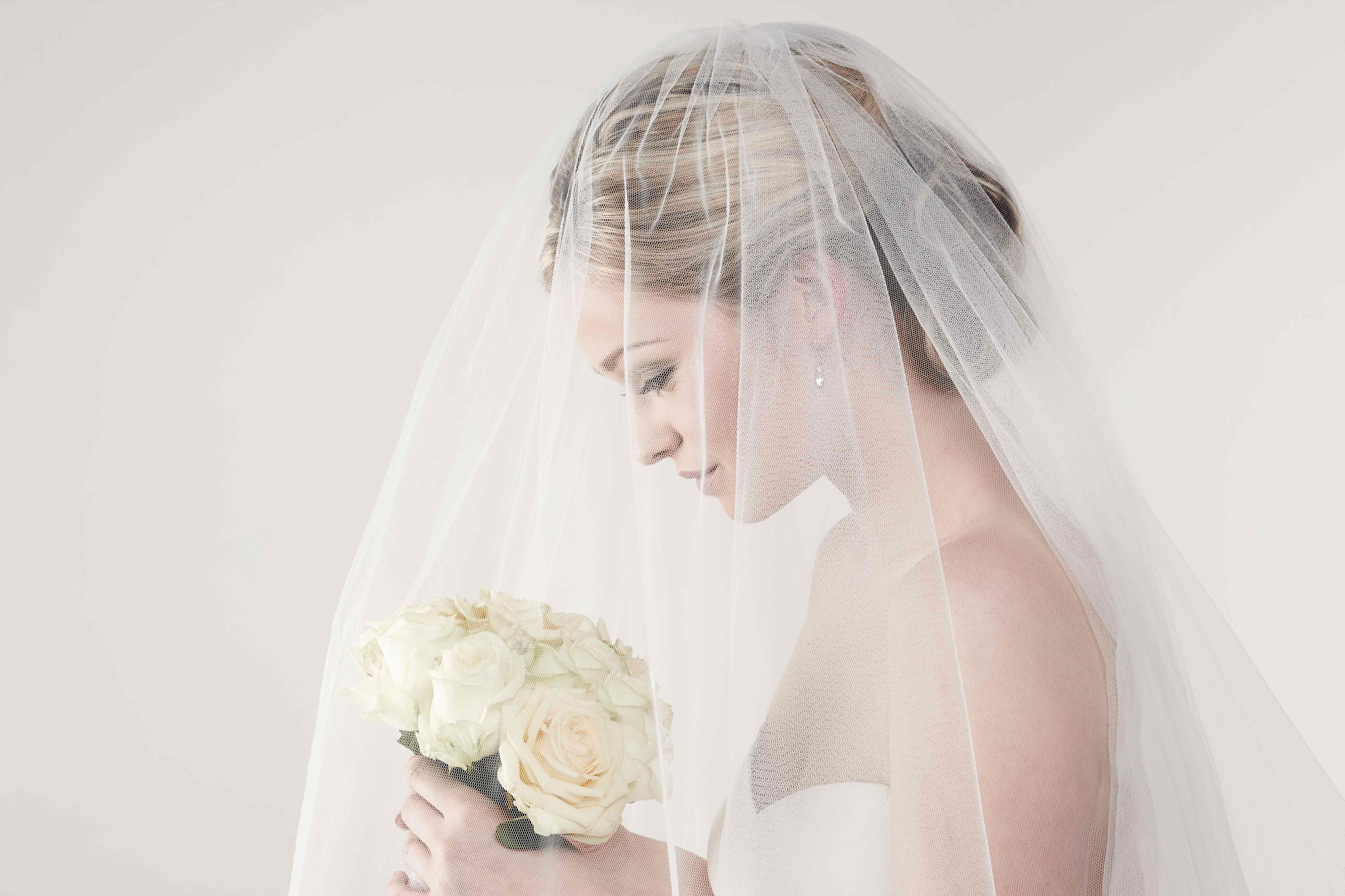 صورة إطلالات جديدة للعروسة للإستغناء عن الطرحة..اختاري ما يناسبك