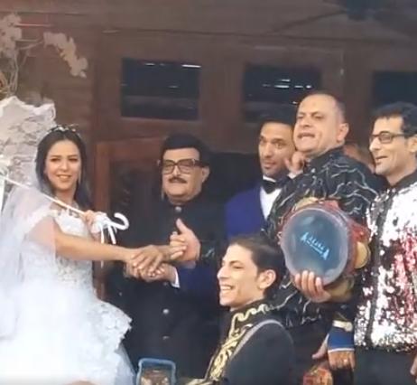 صورة بالفيديو.. بدء مراسم حفل زفاف حسن الرداد وإيمي سمير غانم