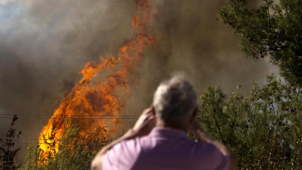 صورة كيف بدأت الحرائق في إسرائيل؟