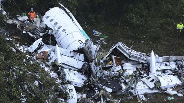 صورة ما هي المعجزة وراء نجاة 5 من ركاب الطائرة البوليفية؟