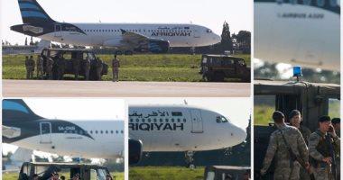 صورة أول فيديو للحظة هبوط طائرة ليبيا المختطفة فى مطار مالطا