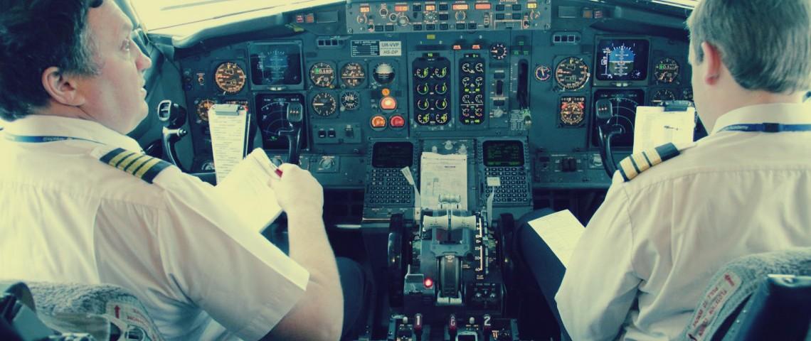 صورة آلاف الطيارين يحملون أفكارًا انتحارية: يعاني بعضهم من اكتئاب شديد