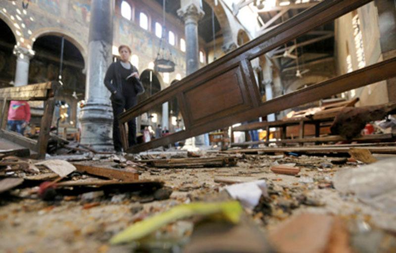 .. لحظة تفجير محمود شفيق محمد مصطفى نفسه في الكنيسة البطرسية