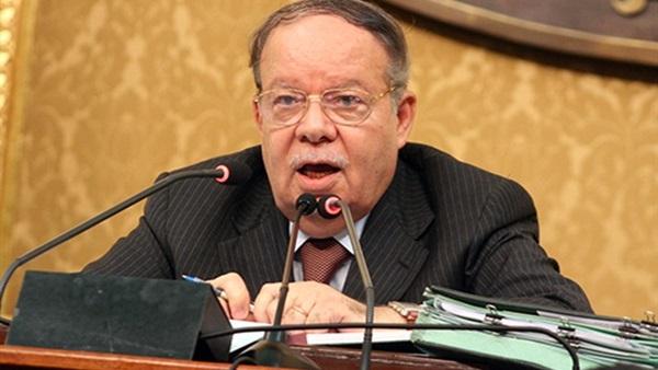 صورة اختيار فتحي سرور رئيساً لأول محكمة عربية للتحكيم الدولي