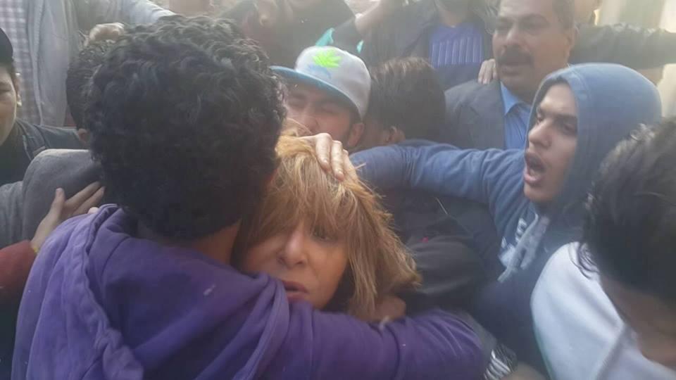صورة منقذ «لميس الحديدي» في أول ظهور إعلامي له: احتضنتها مثل أمي