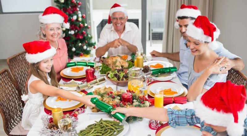 صورة قبل ما تحتفل بالكريسماس .. احذر من تناول هذه الأطعمة قبل النوم